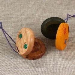 Kastanjetė medinė