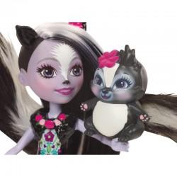 Lėlė Enchantimalsutė Skunkiukė Segė su gyvūnėliu