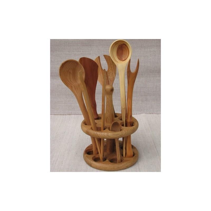 Stovas virtuvės įrankiams